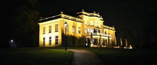 stadsvilla sonsbeek by night